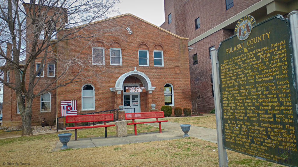 Historical marker and the 1903 Courthouse Museum