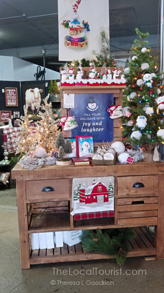 Christmas decorations at Rustic Corner