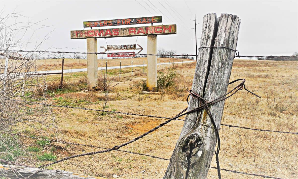 Sign for Thomas Ranch in Oklahoma