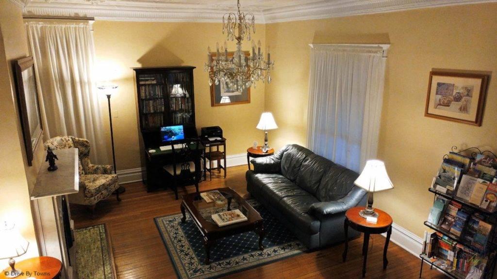 The comfortable living room in Bottger Mansion