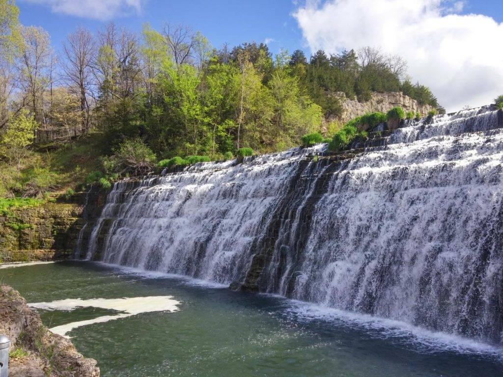 Thunder Bay Falls at The Galena Territory