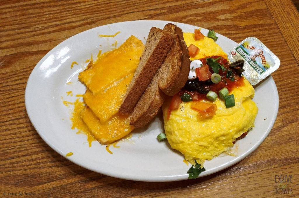 Mexican Omelet at Mud Street Cafe