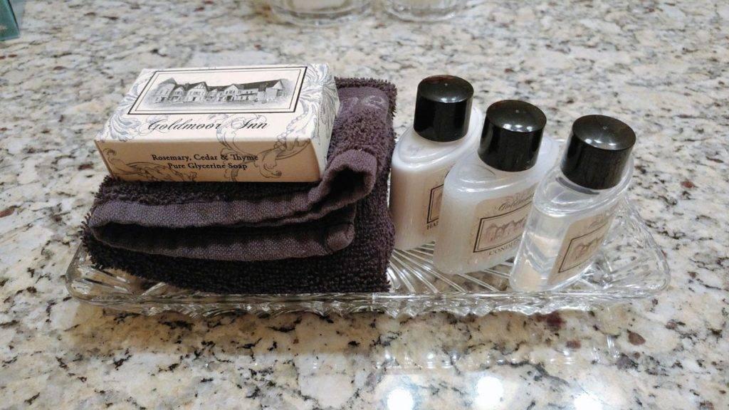 Bathroom amenities at Goldmoor Inn