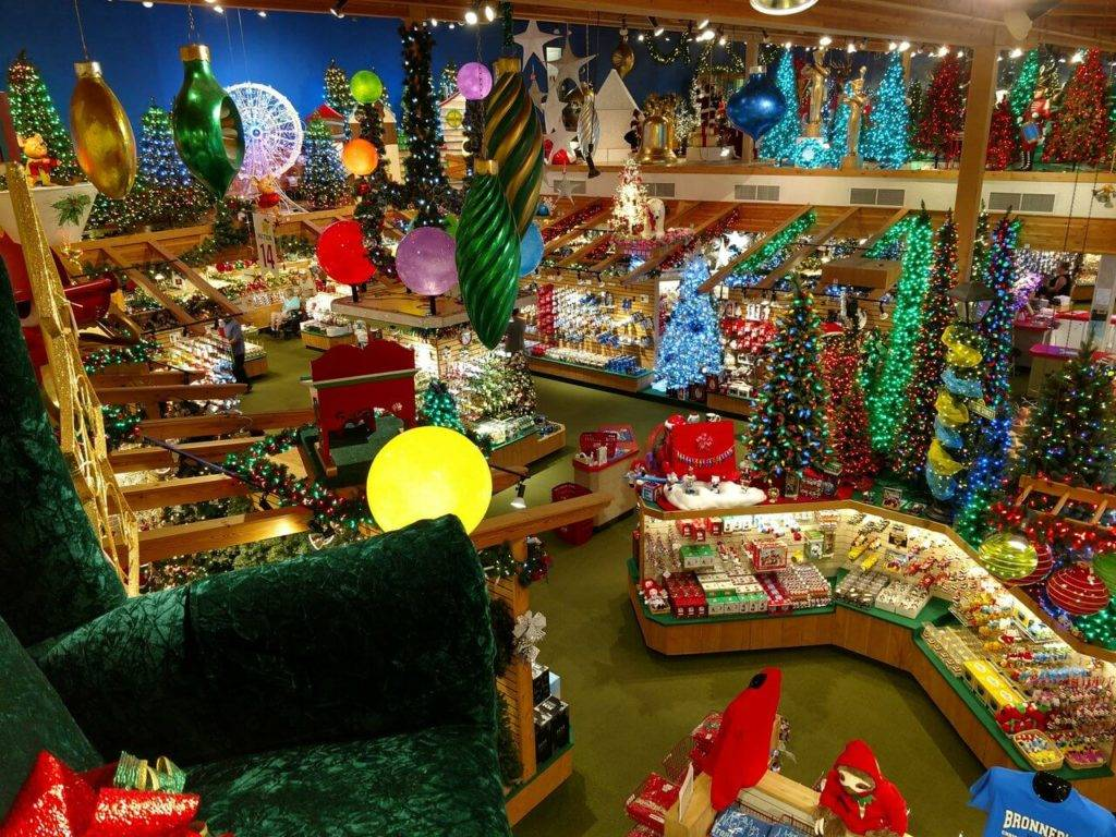 Frankenmuth, MI Christmas - Kris Morton, photo by Bronner's CHRISTmas Wonderland