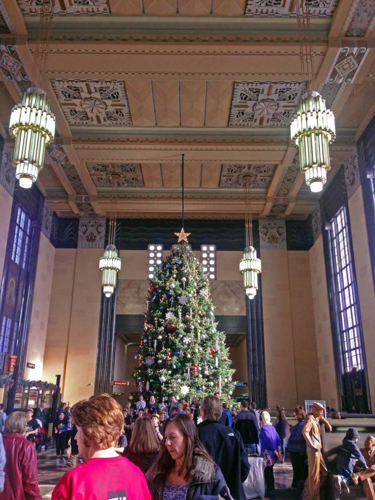 Omaha, NE Christmas - Kim Reiner