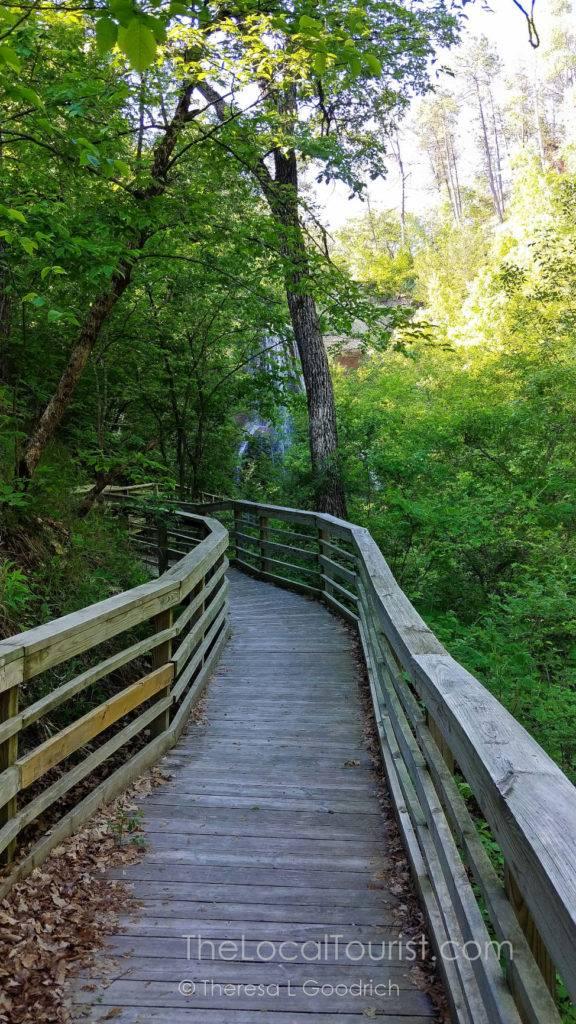 Boardwalk to Smith Falls