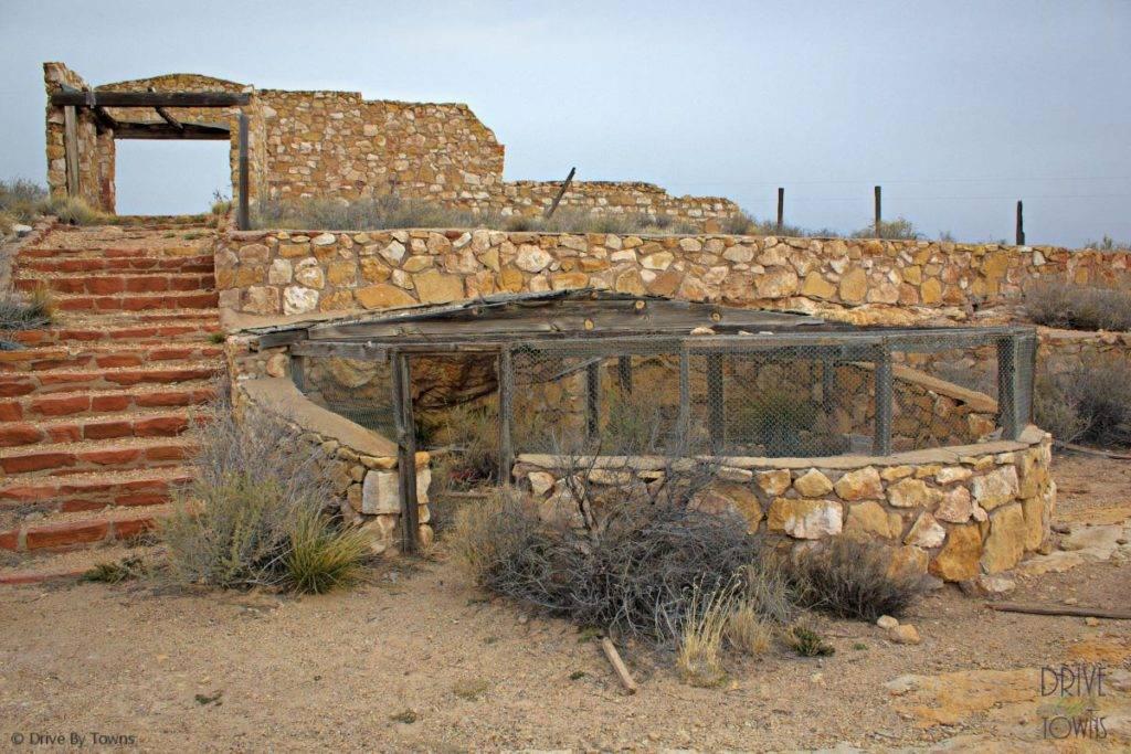 Mountain Lion Zoo in Two Guns, Arizona
