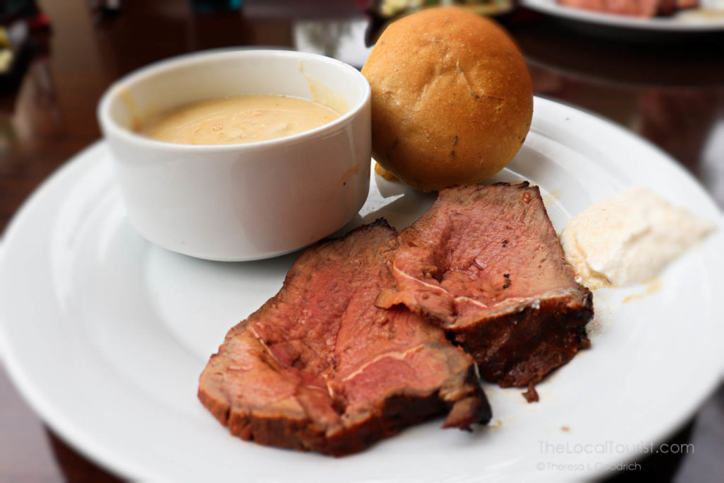 Medium-rare beef with horseradish cream sauce and a cup of New England clam chowder